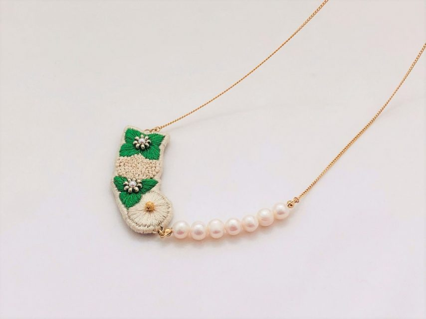 紫陽花の刺繍ロングネックレス(GREEN)