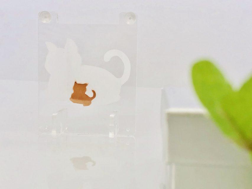 飾れる影絵ピアス 親子猫