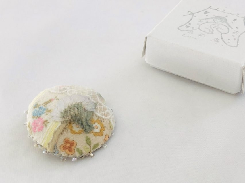 [SOLD OUT] 花々想ふブローチ