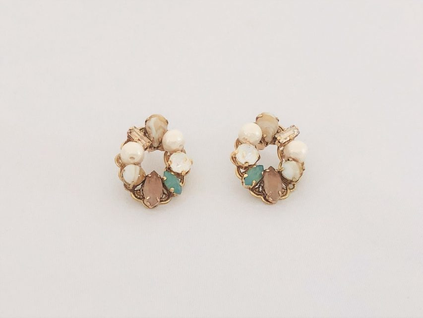 [SOLD OUT] リースビジューピアス [Green×Pink]
