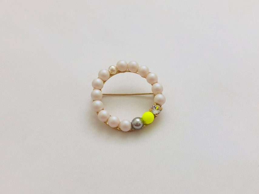 [SOLD OUT] Swarovski ブローチ [Yellow]